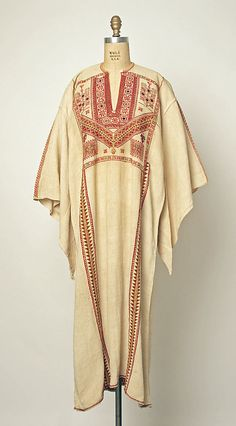 Dress, 1800–1941, Middle Eastern (Palestinian peoples), linen,