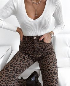 spread love as thick as you would nutella 😏😜 * advertising page linking - ha . - Anziehsachen - Welcome combine Boho Outfits, Casual Outfits, Cute Outfits, Fashion Outfits, Fashion Trends, Fashion 2018, Fashion Online, Basic Fashion, Look Fashion