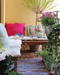 Decorating Ideas for Renters Balcony and other apartment friendly decorating ideas!