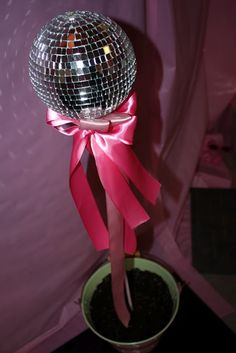 inspiration: studio saturday night fever, charlie's angels. Diva Party, 70s Party, Party Party, Party Time, Rock Star Theme, Rock Star Party, Saturday Night Fever, Monster High Party, Girl Themes