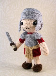 Roman Soldier - CROCHET - It's been ages since I posted new projects here, but I've still made lots of amigurumi over the last few months. Amigurumi Patterns, Amigurumi Doll, Crochet Patterns, Cute Crochet, Crochet Dolls, Crochet Geek, Roman Soldiers, Toy Soldiers, Crochet Abbreviations
