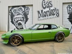 1975 Datsun 280 Z Street Tuner Richard Rawlings, Garage Logo, Garage Art, Garage Ideas, Grease Monkey Garage, Arctic Monkeys T Shirt, Japanese Sports Cars, Gas Monkey, Datsun 510
