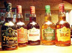 Bebidas Peruanas se caracterizan por sus propiedades energéticas y afrodisíacas.  Una de las mas populares es  zumo un jugo a base de aguajina, fruto de la palmera Aguaje. Por otro lado una de las bebidas alcoholicas tradicionales es el Chuchuhuasi con aguardiente.