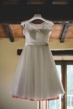 50s inspired wedding dress by nadia mankato weddingwonderland...