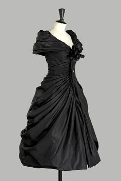 1957  the formal afternoon dress ''Zerline''-Dior