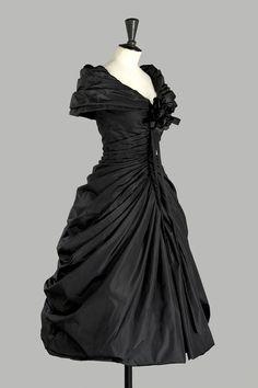 1957  the formal afternoon dress ''Zerline''-Dior