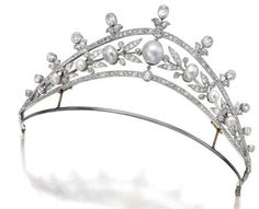 Natural pearl and diamond tiara in silver and gold.  7.5 carats, c1890