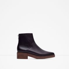 Image 1 of POINTED LEATHER ANKLE BOOTS from Zara