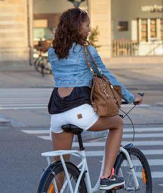 Copenhagen Bikehaven by Mellbin - Bike Cycle Bicycle - 2012 - 7439 by Franz-Michael S. Mellbin, via Flickr