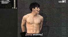 Wonho abs