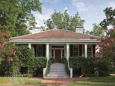 1830, Madison, GA    Love the exterior.