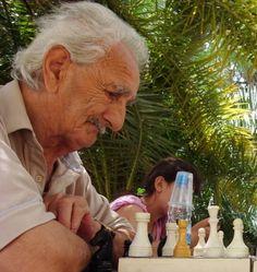 Der spilles skak...