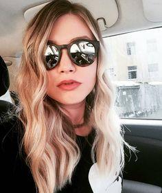 🌟 Ruža Happy Surf Hair 🌟 Summer hairstyles makes us happy #summeriscoming #soon 🌞 //repost from @mirtavaselic #RuzaHair #RuzaEssentials #beautiful #beauty #love #style #fashion #hair #hairstyle #haircolor #Happy #happiness #girl #pretty #fun #summer #surfhair