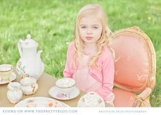 Check out this family photo shoot, with an innocent Alice in Wonderland theme.  What beautiful memories!