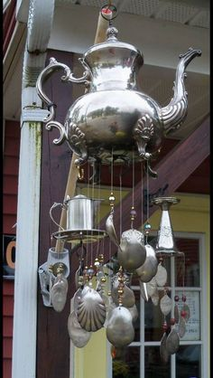 I love this Teapot Wind Chime and you can easily make it.