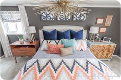 Colourfull bed room