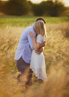 Cute couples hugging and kissing coppie romantiche, obiettivi di coppia Cute Couples Hugging, Cute Couples Cuddling, Cute Couples Texts, Cute Couples Goals, Couple Goals, Cute Couple Quotes, Cute Couple Text Messages, Cute Couple Pictures Tumblr, Couple Cuddle In Bed