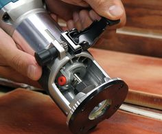 ICYMI: New Makita Laminate Trimmer Knocks Out All Other Compact Routers!