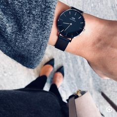 """816 Likes, 58 Comments - Blogger • Aliya (@stylebyaliya) on Instagram: """"Time flies but memories last forever. Build new memories with @danielwellington this Holiday…"""""""
