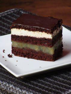 Tiramisu, Cooking, Ethnic Recipes, Food, Cakes, Kitchens, Kitchen, Cake Makers, Essen