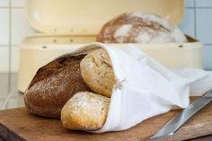 #Brotbeutel aus #Biobaumwolle statt Plastik- oder Papiertüten. Was man mit dem Brotbeuteln noch alles anstellen kann, verraten wir dir im Blogpost.