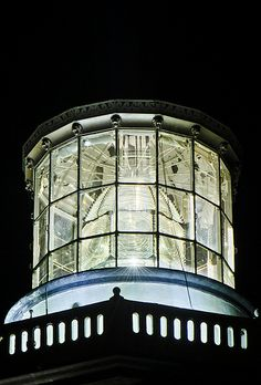 Fresnel lens @ Sile #Lighthouse With octagonal 8 lenses there are 8 rays all around. Beautiful French metallic framework made in Paris at 1859 , with small lion heads on the top edge . http://www.flickr.com/photos/alperuke/7065229943/