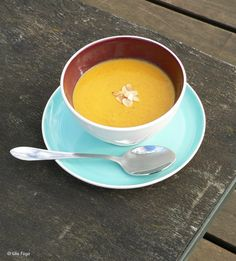 Sárgarépaleves, de finom! - Lila Füge Fondue, Cheese, Ethnic Recipes, Soups, Lilac, Soup