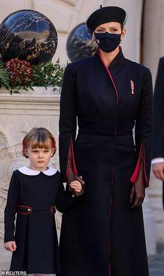 Prince Day, Old Prince, Princess Alexandra, Princess Caroline, Monte Carlo, Prince Albert Of Monaco, Albert Monaco, Grey Overcoat, Military Dresses