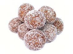 Cocoa-Nut Bites: Paleo-friendly, gluten-free, sugar-free, all-natural that's ready in minutes. These are sweet and filling and really satisfy your chocolate cravings. Kids love them, too--and can help make them! Rum Truffles, Chocolate Truffles, Cocoa, Sugar Free Treats, Rum Balls, Get Thin, Paleo, Spark People, Bliss Balls