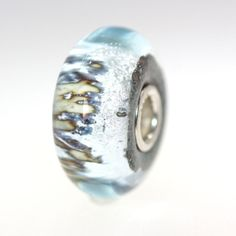 Trollbeads Gallery - Silver Mountain: with a Twist 31, $43.00 (http://www.trollbeadsgallery.com/silver-mountain-with-a-twist-31/)