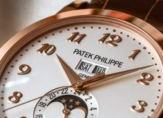 Online shopping for Men's Luxury Watches from a great selection at Clothing, Shoes & Jewelry Store. Bell Ross, Cool Watches, Rolex Watches, Man Watches, Patek Philippe, Most Popular Watches, Watch Blog, Classy Casual, Trends