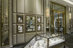 Come and visit the new corner in the beautifully refurbished High Jewellery salon at Bergdorf Goodman in New York!