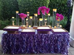 Curly Willow Lavender & Purples Escort Card Table