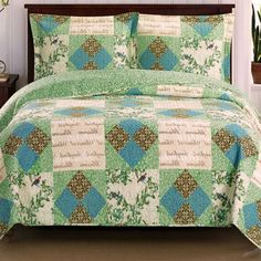 Romantic Words Quotes Blue Green Patchwork Lightweight Reversible Quilt Coverlet and Shams Set Oversized