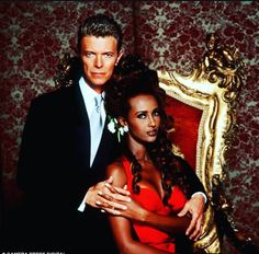 #in so many of their pictures they have their fingers interlaced, i wonder of they made a point of it #90s #iman #also tbh the posing is weird