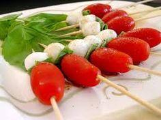 Image result for preparate de revelion Caprese Salad, Paleo, Appetizers, Tomato Basil, Recipes, Olive Oil, Food, Random, Snacks