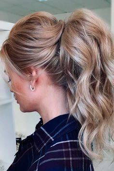 We've gathered our favorite ideas for 30 Cute Ponytail Hairstyles For You To Try Hair Cute, Explore our list of popular images of 30 Cute Ponytail Hairstyles For You To Try Hair Cute in prom ponytail hairstyles for long hair. Bridesmaid Hair Ponytail, Wedding Ponytail Hairstyles, Homecoming Hairstyles, Easy Hairstyles, Formal Hairstyles, Latest Hairstyles, Prom Hair, Hairstyle Ideas, Waitress Hairstyles