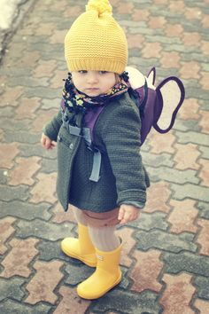 Oh my, how cute is this little girl?!