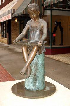 El Dorado, Main Street statue