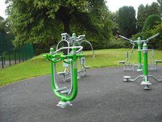 Outdoor Gym equipment - Queens Park    http://www.fitnesslyceum.com/