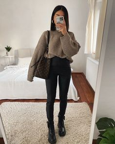 Casual College Outfits, Trendy Fall Outfits, Casual Winter Outfits, Winter Fashion Outfits, Everyday Outfits, Classy Outfits, Look Fashion, Stylish Outfits, Back To College Outfits