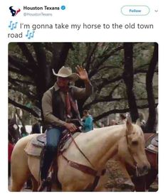 Top 30 Old Town Road Memes #memes #funnypictures #funnystuff Song Memes, Funny Memes, Super Funny Pictures, Memes Of The Day, Music Therapy, Old Town, Rapper, Old Things, Horses