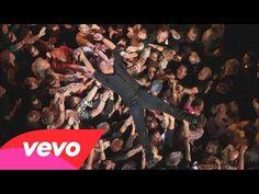 Music video by Bruce Springsteen performing Dream Baby Dream. (C) 2013 Bruce Springsteen Bruce Springsteen, Elvis Presley, Music Songs, Music Videos, Thanks Boss, Dap Kings, Sharon Jones, Little Big Town, Dream Live