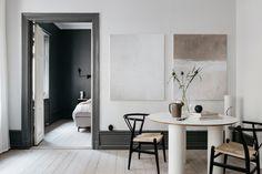 my scandinavian home: The Fabulous Stockholm Home of Lovisa Häger #diningroom #swedishhome #darkgrey
