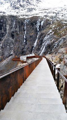Utsiktsplatå, National Tourist Route scheme by Reiulf Ramstad Architects, Norway