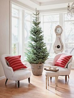 Christmas Tree in a Basket | #christmas #xmas #holiday #decorating #decor