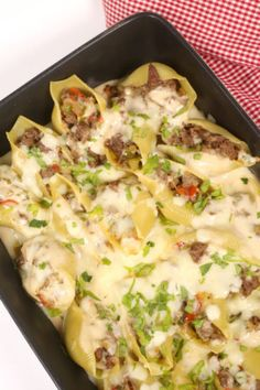 This Philly Cheese Steak Stuffed Shells recipe is a delicious mash-up of two classic recipes. They're ready in 30 minutes and they freeze great! Stuffed Shells Beef, Stuffed Shells Recipe, Jumbo Shell Recipes, Pasta Recipes, Cooking Recipes, Casserole Recipes, Beef Recipes, Steak Pasta, Cheap Family Meals