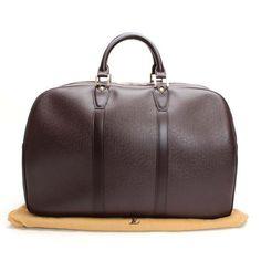 Louis Vuitton Kendall PM Taiga Luggage Leather M30126