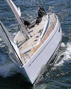 @Regrann from @italiansailer: IT'S MONDAY START!  Via  @boatinternational   #italiansailer  #sailboat #yacht #sail #boat #boating #nature #photooftheday #instayacht #luxury #lifestyle #sea #cute #sailing #ocean #vintage #vintageboat #classic #modern #love #instagood #tbt #follow #happy #webstagram #instago #vsco - via #Regrann by sailorcxy
