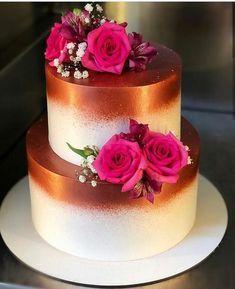 Aprenda a fazer bolos lindos - Hochzeit Deko - Bolo Tumblr, Quinceanera Cakes, Naked Cakes, Cake Games, Cake Decorating Techniques, Pumpkin Spice Cupcakes, Coconut Recipes, Occasion Cakes, Fall Desserts